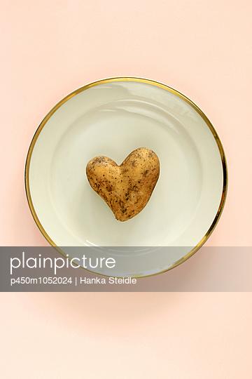 Heart shape - p450m1052024 by Hanka Steidle