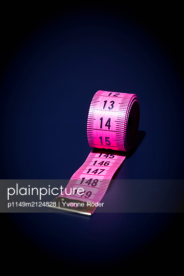 Measuring tape - p1149m2124828 by Yvonne Röder