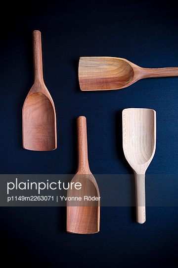 Wooden spoons - p1149m2263071 by Yvonne Röder