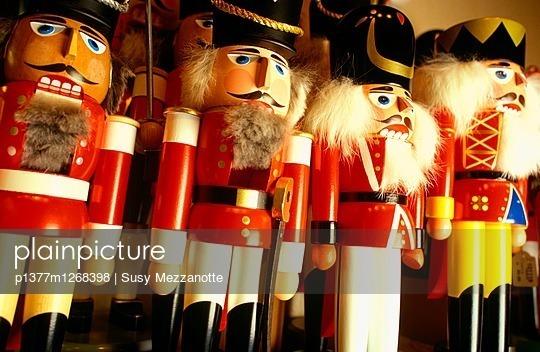 Kathe Wohlfahrt Christmas shop, toy soldiers nutcrackers - p1377m1268398 by Susy Mezzanotte