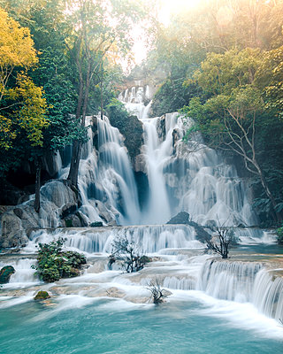 Kuang Si Falls Flow - p1166m2095883 by Cavan Images