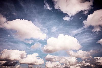 Clouds - p851m2073201 by Lohfink