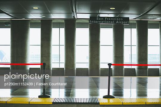 p1290m1152439 von Fabien Courtitarat
