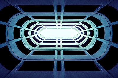 Licht von oben - p1228m1044271 von Benjamin Harte