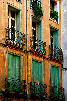 Old house in Perpignan - p9770010 by Sandrine Pic
