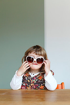 Big sunglasses - p2490577 by Ute Mans