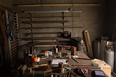 Metalsmith tools and equipments - p1315m2056356 by Wavebreak