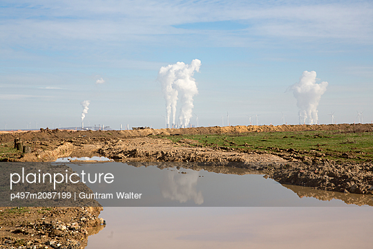 Industrial landscape - p497m2087199 by Guntram Walter