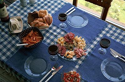 Gedeckter Tisch für drei - p0110017 von Daniela Podeus