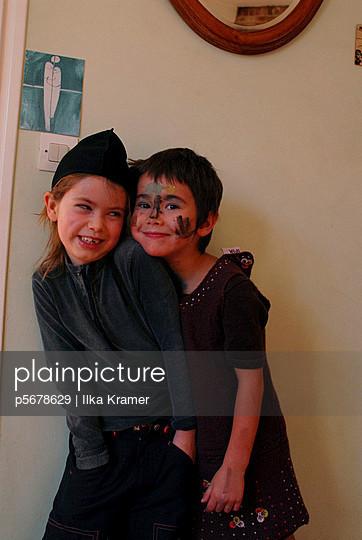 Jeux d'enfants - p5678629 by Ilka Kramer