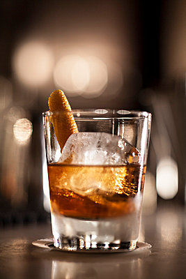 Cocktail - p567m667586 by Philippe Levy