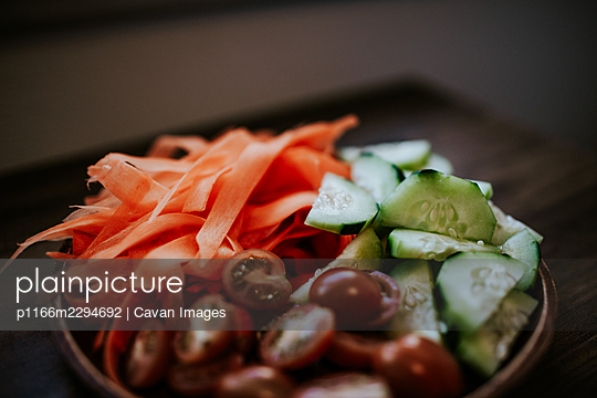 close up of vegetable plate for salad bar - p1166m2294692 by Cavan Images
