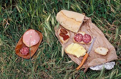 Stullen zubereiten - p1610273 von Kerstin Schomburg
