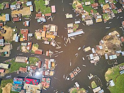 Benin, Ganvie, Aerial view of fishing village on LakeNokoue - p300m2160341 by Veam