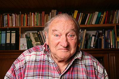 elderly man - p165m881000 by Andrea Schoenrock