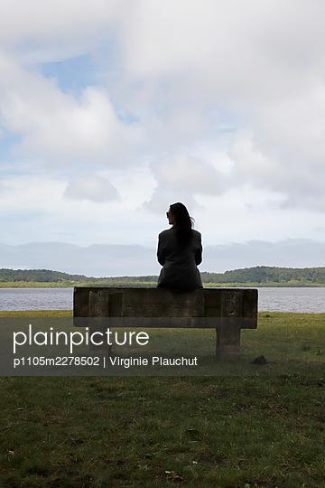 France, Woman at the lake Leon - p1105m2278502 by Virginie Plauchut