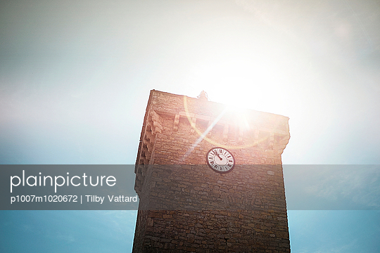 sun on the Church of Peyreleau - p1007m1020672 by Tilby Vattard