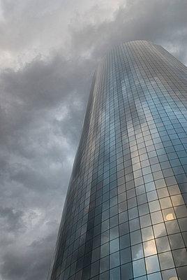 Office building in dark sky - p5690242 by Jeff Spielman