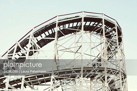 Coney Island - p4380089 by Laura Petermann