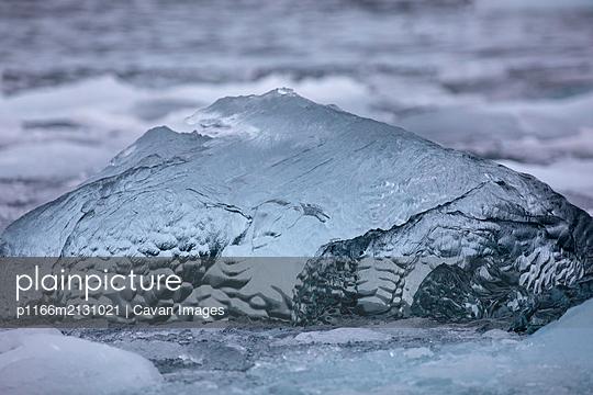 Iceberg details - p1166m2131021 by Cavan Images