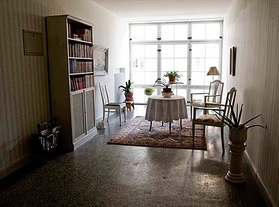 Interiors of a study room of a flat, Sweden - p348m915821 by Inger Bladh