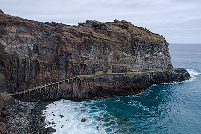 Portugal, Madeira, Coastal path - p1600m2175680 by Ole Spata
