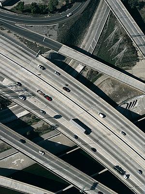 Highway in Los Angeles - p356m822594 by Stephan Zirwes