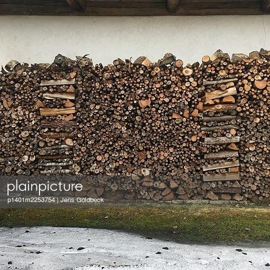 Fire wood - p1401m2253754 by Jens Goldbeck