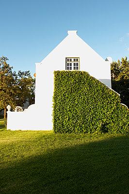 Villa - p1259m1064590 von J.-P. Westermann