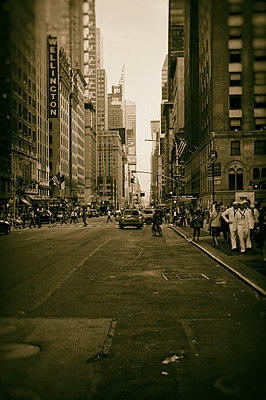 Straßenszene in New York - p470m1207943 von Ingrid Michel