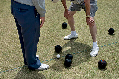 Bowlers on green - p1125m1042663 by jonlove