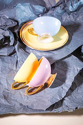 Cups - p1149m2263068 by Yvonne Röder