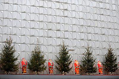 Weihnachtsmänner - p949m658134 von Frauke Schumann