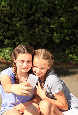 Selfie-time - p045m1171161 von Jasmin Sander