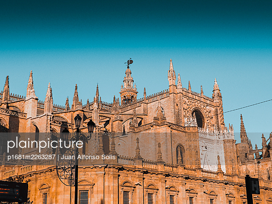 Spain, Andalusia, Sevilla, Cathedral - p1681m2263287 by Juan Alfonso Solis