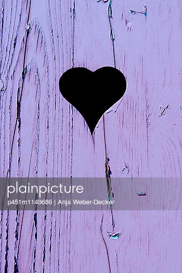 Tür mit Herz - p451m1149686 von Anja Weber-Decker