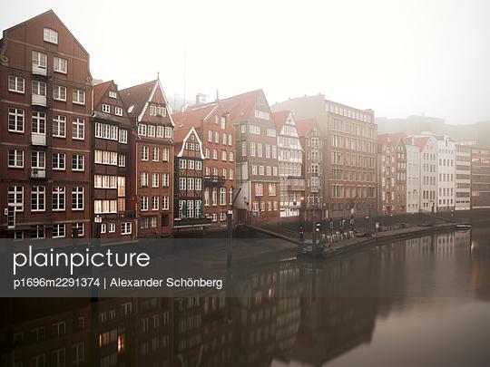 Old town of Hamburg - p1696m2291374 by Alexander Schönberg