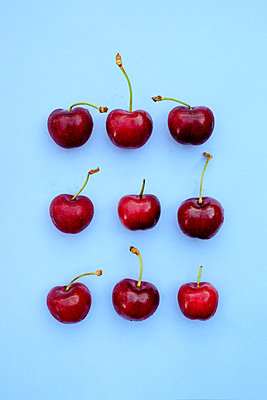 Cherries - p1228m1150261 by Benjamin Harte
