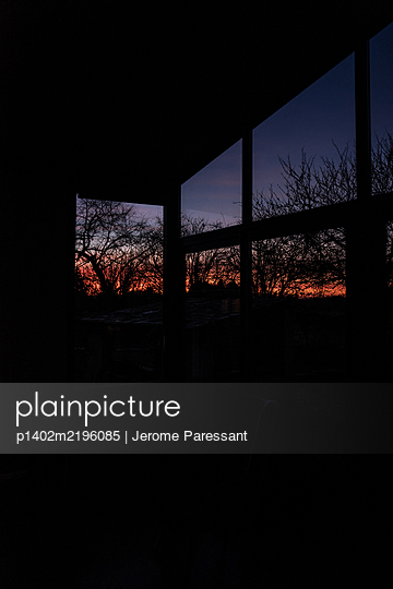Sunset seen from the porch - p1402m2196085 by Jerome Paressant