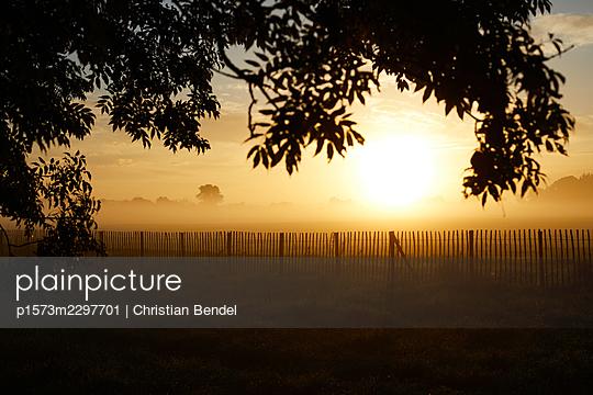 Sunrise - p1573m2297701 by Christian Bendel