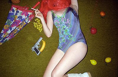 Posing amongst fruits - p9300132 by Ignatio Bravo