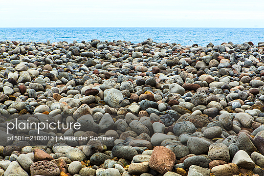 Stones, Iceland - p1501m2109013 by Alexander Sommer