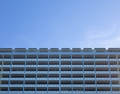 Hotel in Westerland - p741m2254125 von Christof Mattes