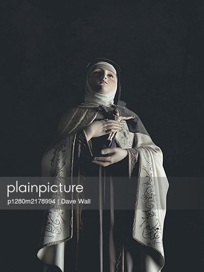 Statue of Blessed Virgin Mary holding crucifix - p1280m2178994 by Dave Wall
