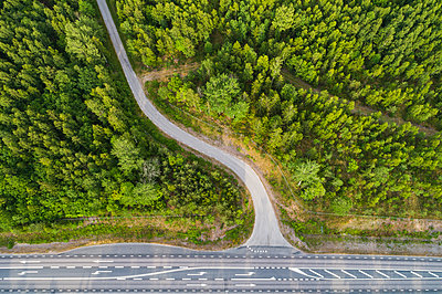 Aerial view of road - p312m2051466 by Mikael Svensson