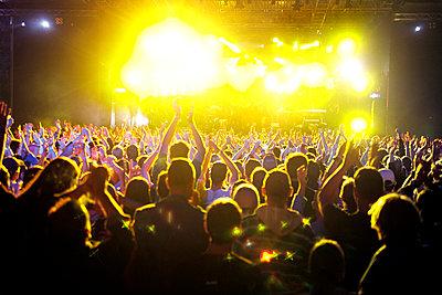 Live-Konzert auf dem Halderner Open Air Festival - p2280410 von photocake.de