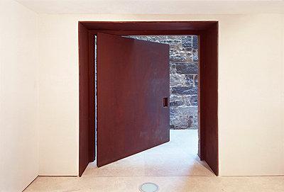 EG: Eingangstür - p3860895 von Roland Halbe