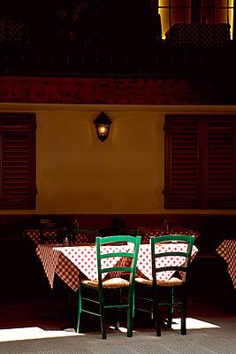 Restaurant in Florenz - p382m1525174 von Anna Matzen