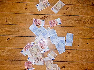 Money - p978m1020528 by Petra Herbert