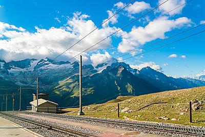Gornegratbahn near Zermatt - p1332m1488413 by Tamboly
